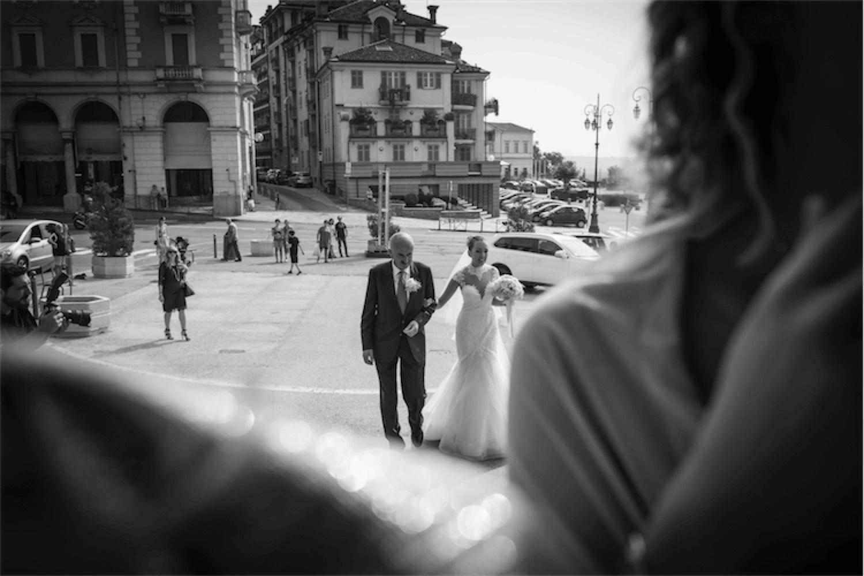 Paolo Mantovan Fotografo Matrimonio Orbassano Liguria Montagna Mare Piemonte Torino Cinque Sposi Terre-41 Ingresso Sposa