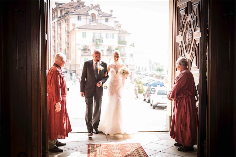Paolo Mantovan Fotografo Matrimonio Orbassano Liguria Montagna Mare Piemonte Torino Cinque Sposi Terre-42 Ingresso Sposa Fossano