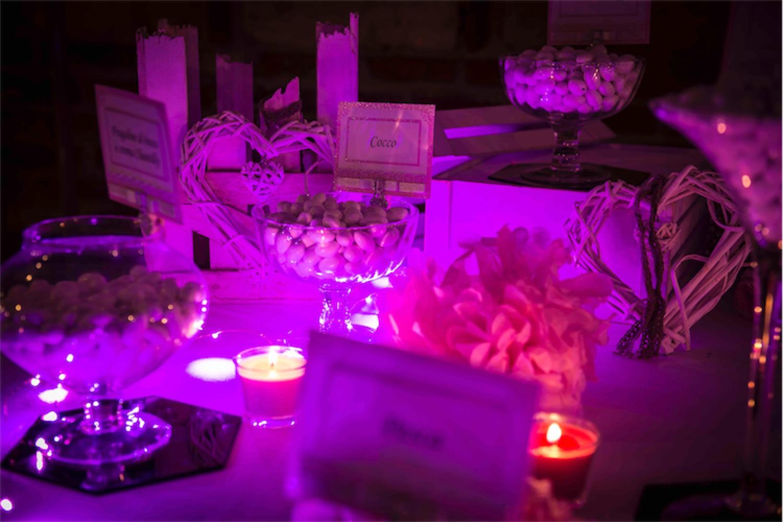 Paolo Mantovan Fotografo Matrimonio Orbassano Liguria Montagna Mare Piemonte Torino Cinque Sposi Terre Giula e Marco-144 Confettata Confetti Colori Luci Wedding