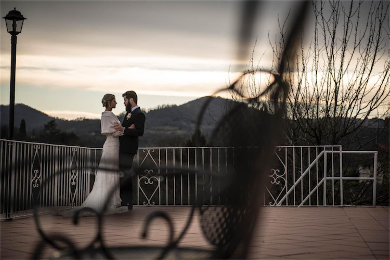 Paolo Mantovan Fotografo Matrimonio Orbassano Liguria Montagna Mare Piemonte Torino Cinque Sposi Terre Giorgia e Davide-145 Terrazza Sedia