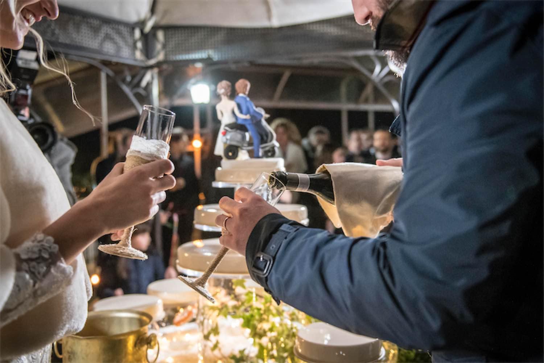 Paolo Mantovan Fotografo Matrimonio Orbassano Liguria Montagna Mare Piemonte Torino Cinque Sposi Terre Giorgia e Davide-200 Torta Bicchieri